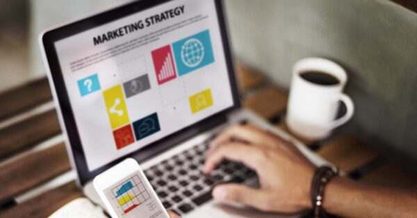 image illustrant la formation BGE Sud-Ouest Fondamentaux du marketing exploiter une base de donnees clients